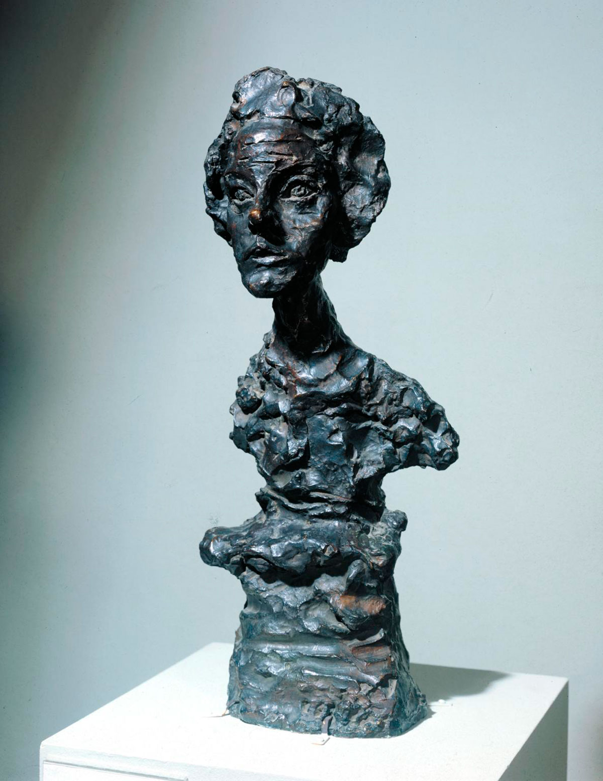 Bust of Annette IV 1962, cast 1965 © The Estate of Alberto Giacometti (Fondation Giacometti, Paris and ADAGP, Paris), licensed in the UK by ACS and DACS, London 2017