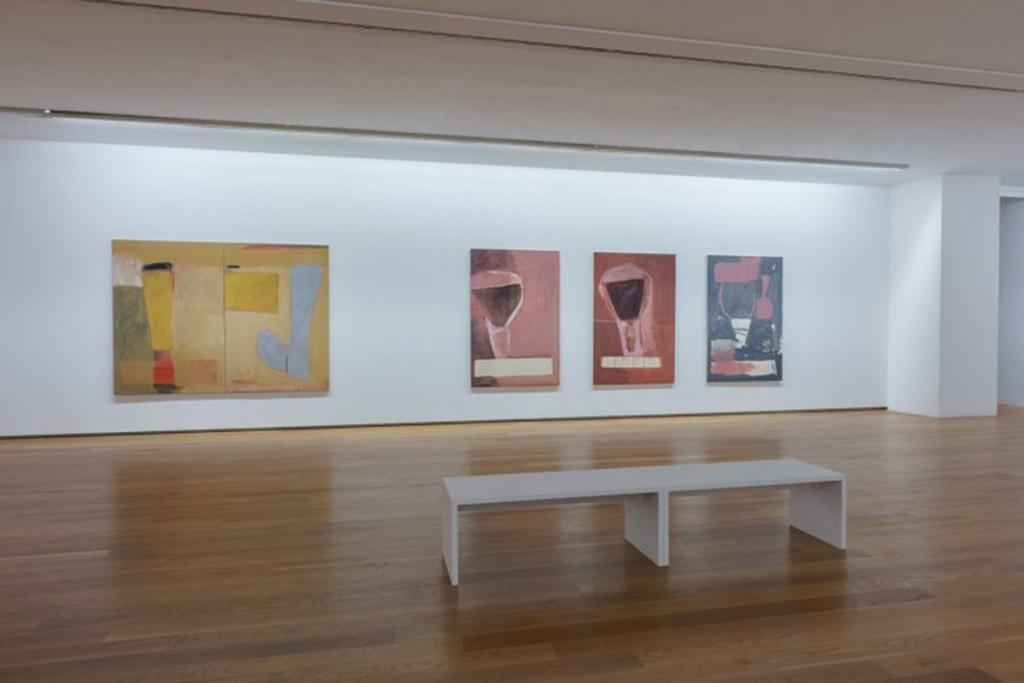 Vista de la sala de exposición, con obras de la serie Fenicia (1990-1991) Foto: cortesía ©MARCO Vigo/Enrique Touriño
