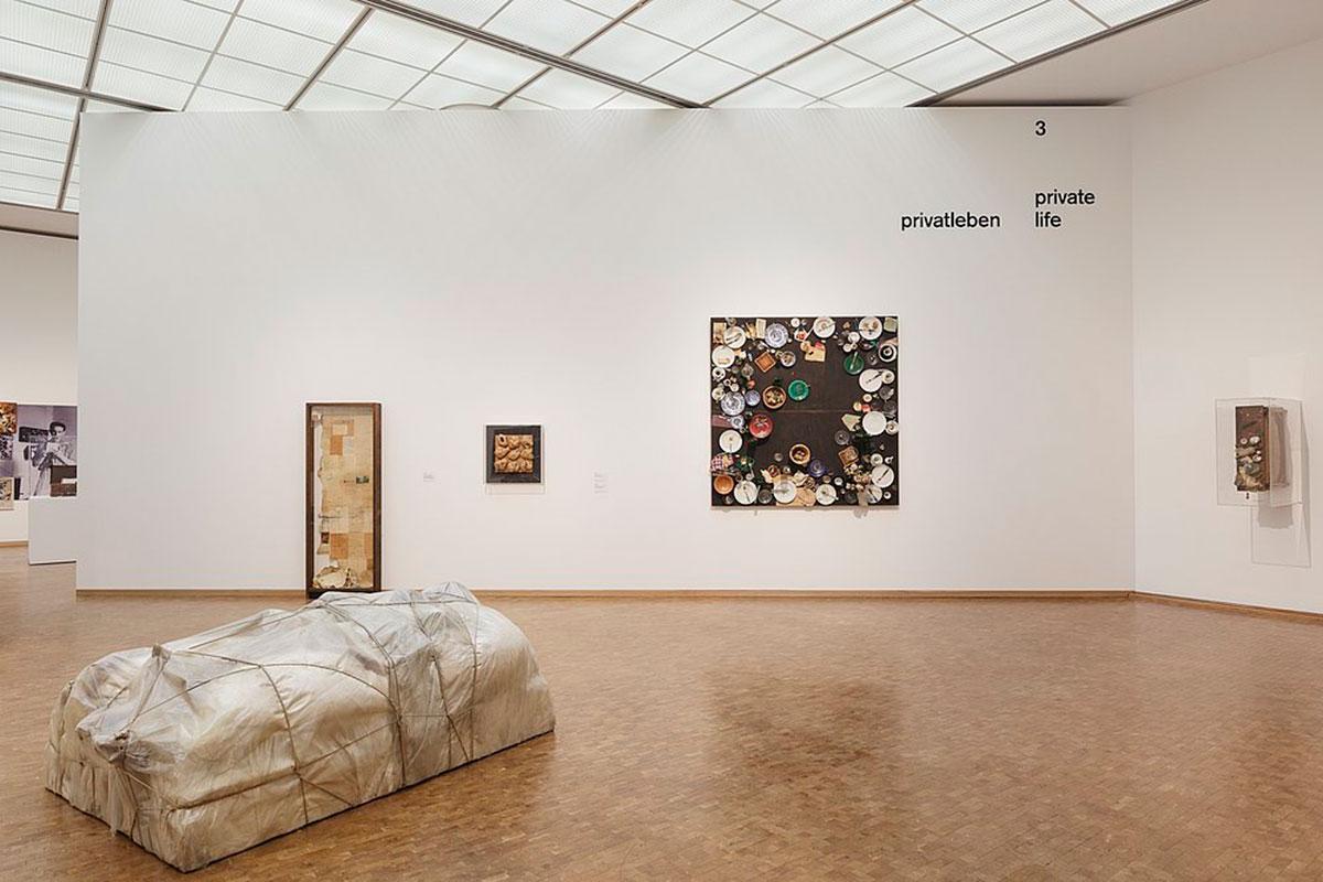 """Installationsansicht """"Kunst ins Leben! Der Sammler Wolfgang Hahn und die 60er Jahre"""", Museum Ludwig, Köln 2017 Photo: ©Rheinisches Bildarchiv Köln ©Britta Schlier"""