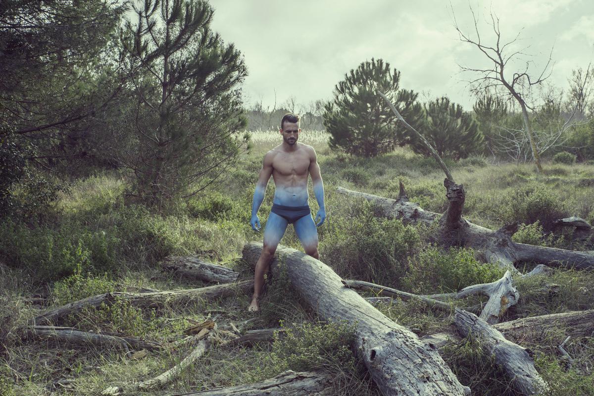 Fotografía: © Javier Cortina. Maquillaje: David Chapanoff. Modelo: Jonatan Argiz