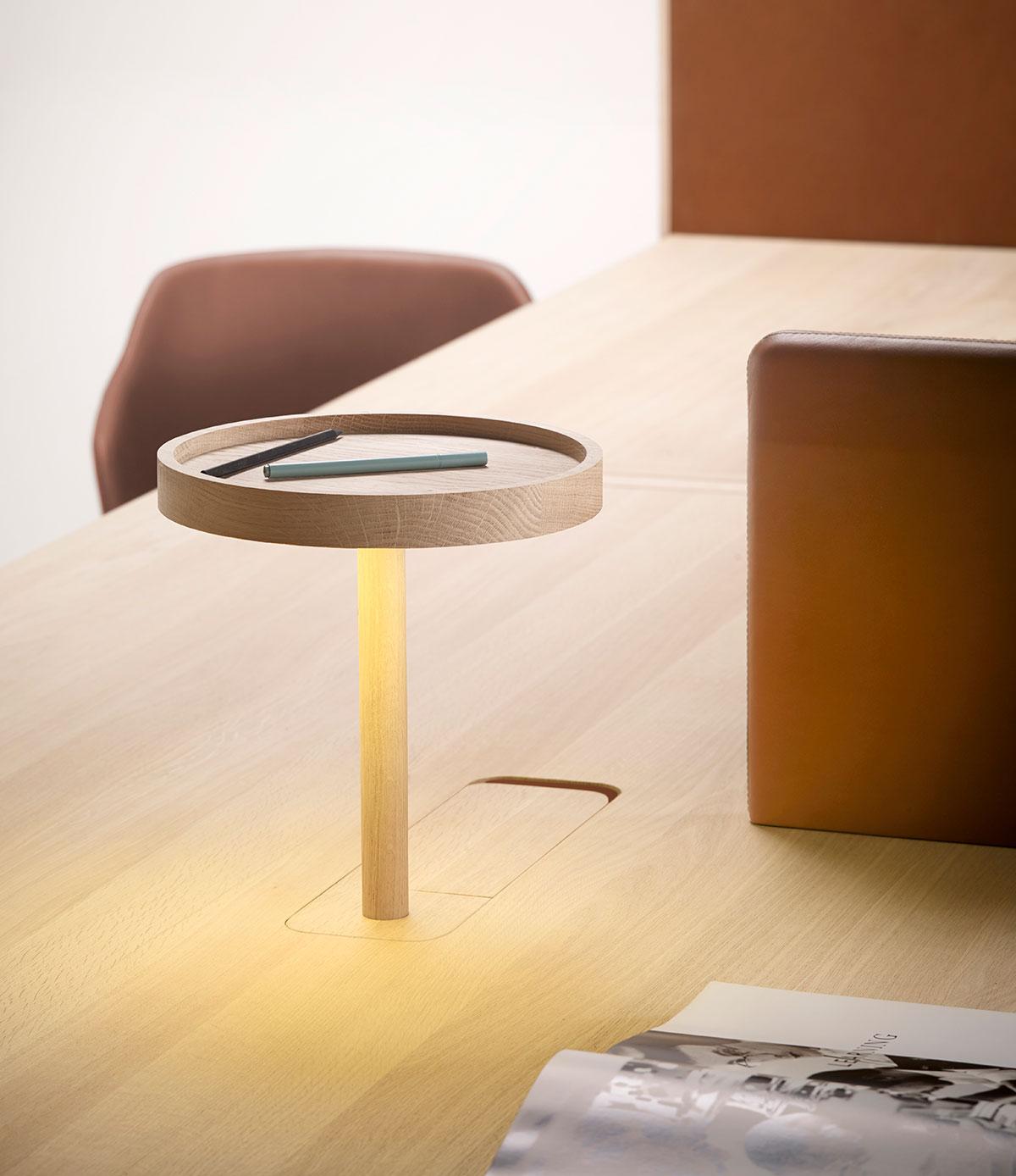 Mesa de trabajo Heldu (encimera), diseñada por Iratzoki & Lizaso. Imagen cortesía de © Alki