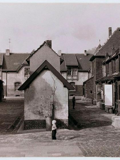 """Chargesheimer, Siedlung Huckingen, Duisburg 1957, from """"Im Ruhrgebiet"""", © Museum Ludwig, Köln, Photo: Rheinisches Bildarchiv Köln"""