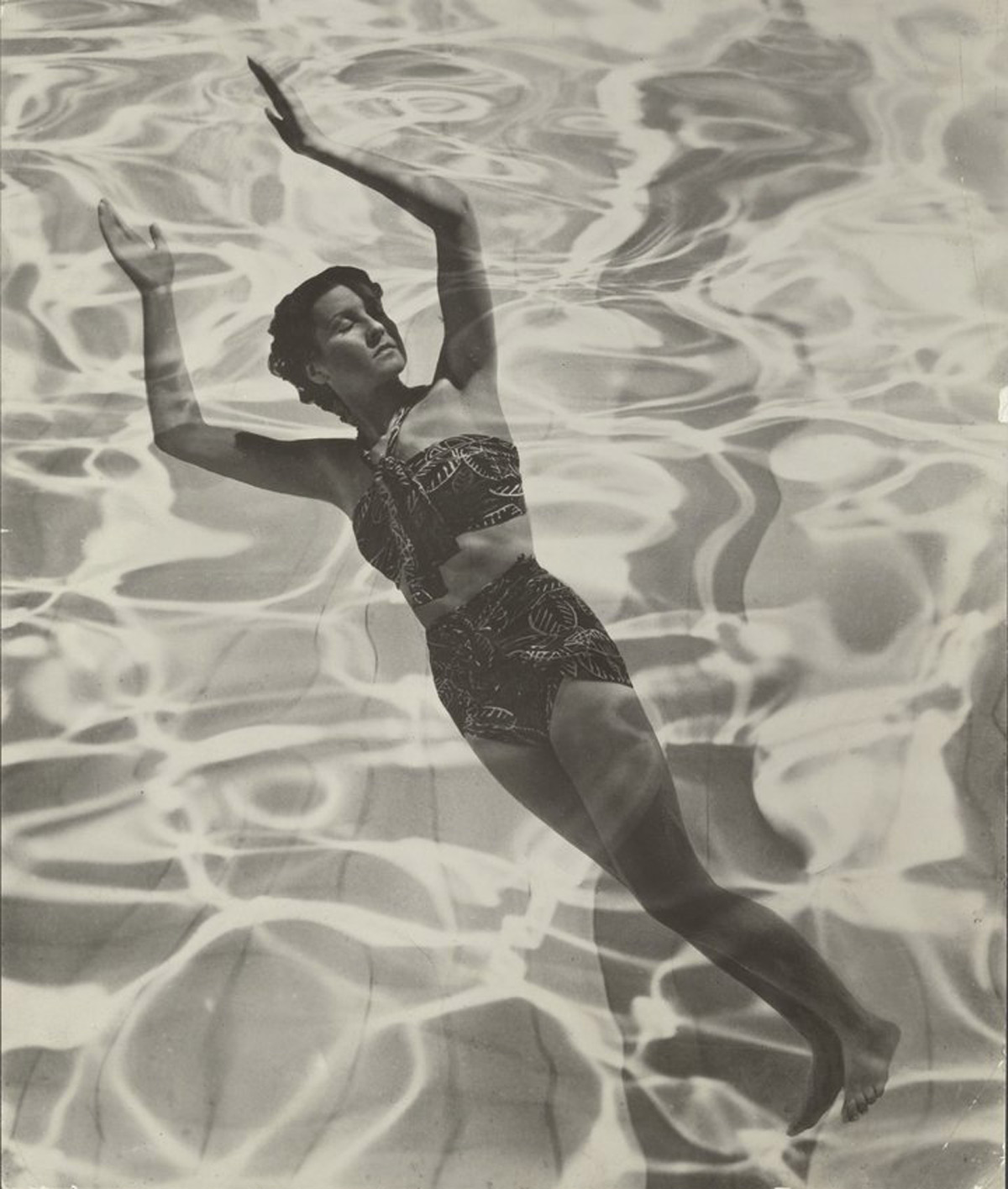dora_maar_model_in_swimsuit_1936_the_j._paul_getty_museum_los_angeles_copyright_estate_of_dora_maar_slash_dacs_2019_all_rights_reserved